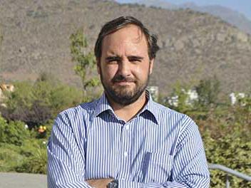 Dr. Sergio Barroilhet Diez