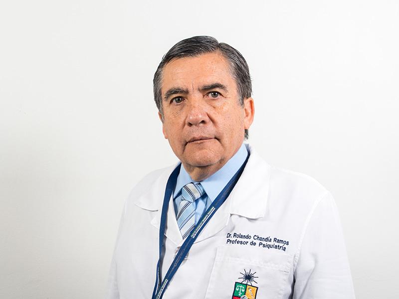 Dr. Rolando Chandía