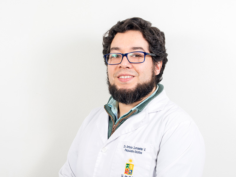 Dr. Arturo Zumaeta