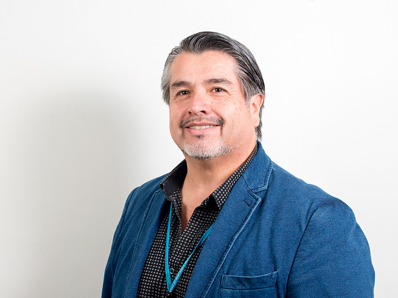 Dr. Alejandro Maturana Hurtado