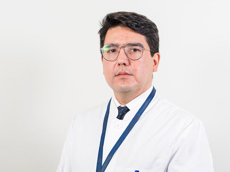 Dr. Jonathan Veliz Uribe